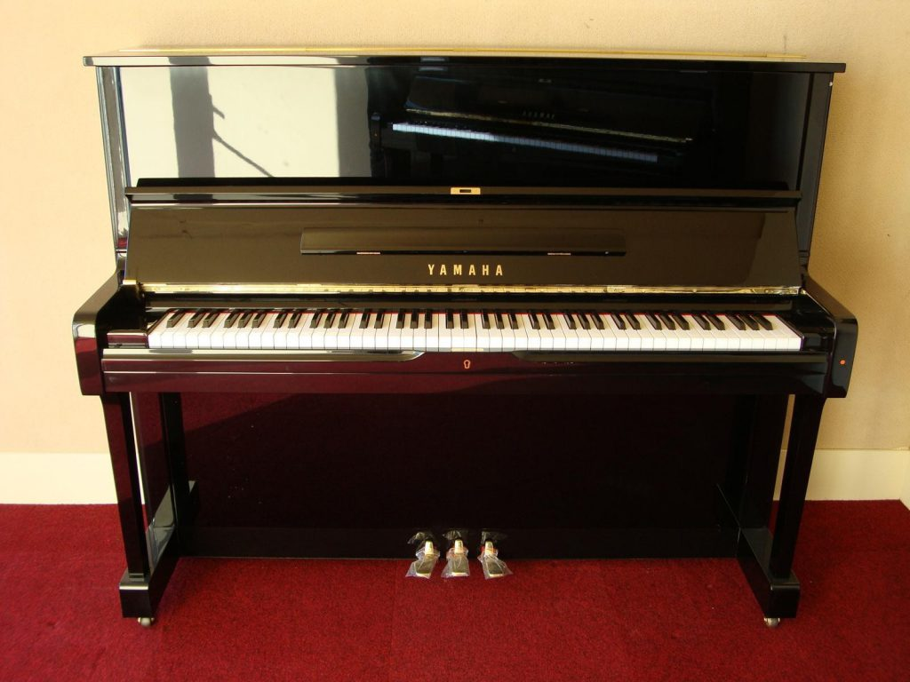 Chọn đàn piano cơ cần lưu ý điều gì? 2